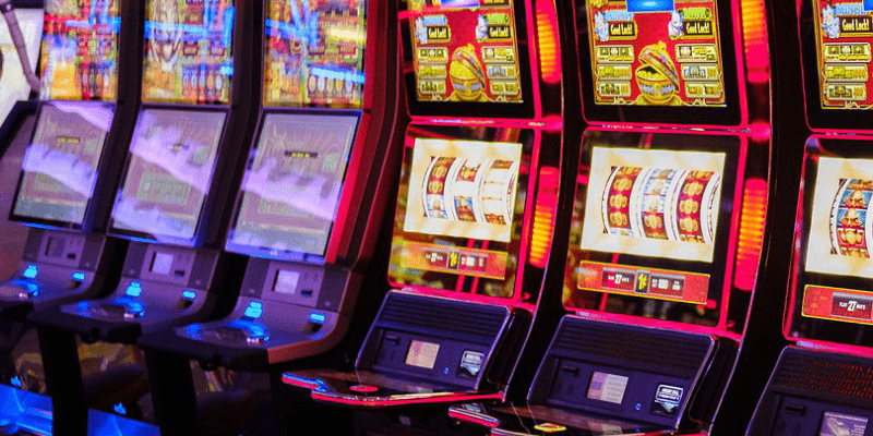 Featured PostImages 4 Reasons Why Las Vegas Style Slots at Spin Palace are a Must Straightforward slots - 4 Reasons Why Las Vegas-Style Slots at Spin Palace are a Must
